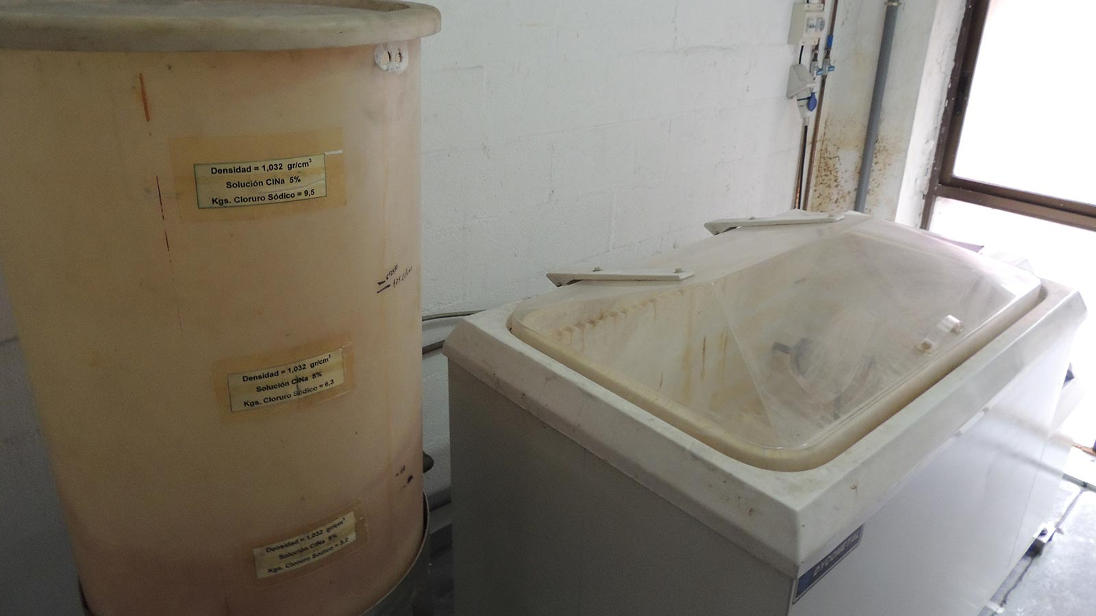 Corrosion testing / Salt Spray Chamber